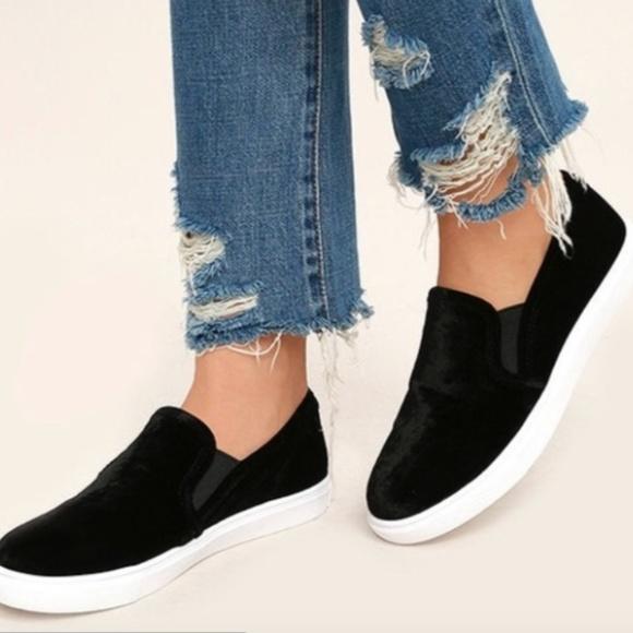 61e2efebfa6 Steve Madden Gills Platform Suede Slip-On Sneaker.  M 5ad222ac2c705d3971392320